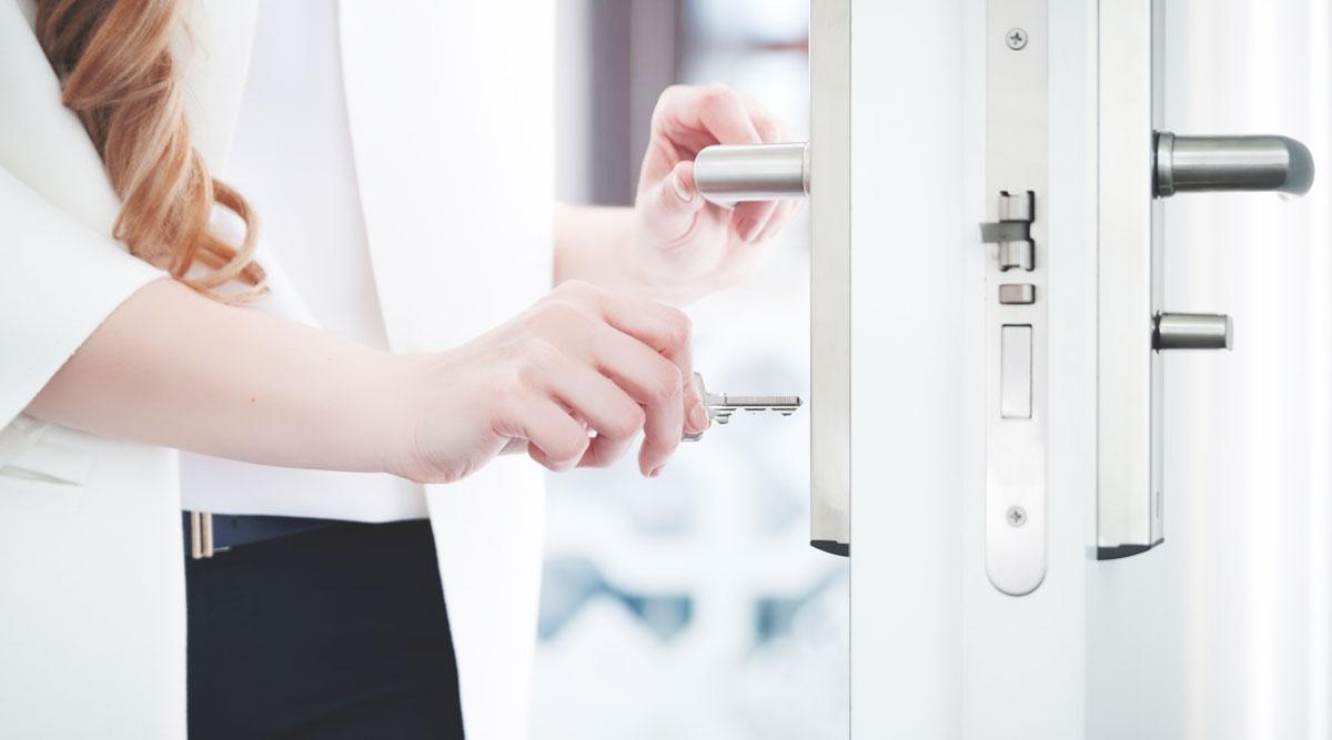 locking home door