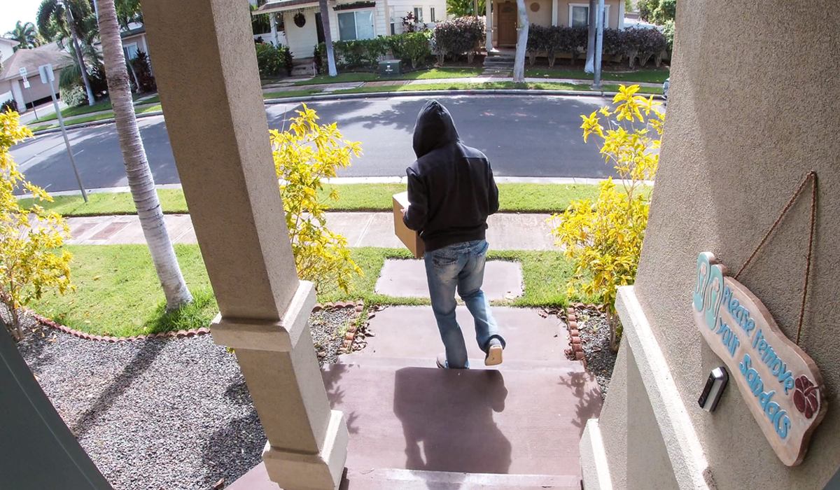 5 Tips to Prevent Front-Porch Package Theft