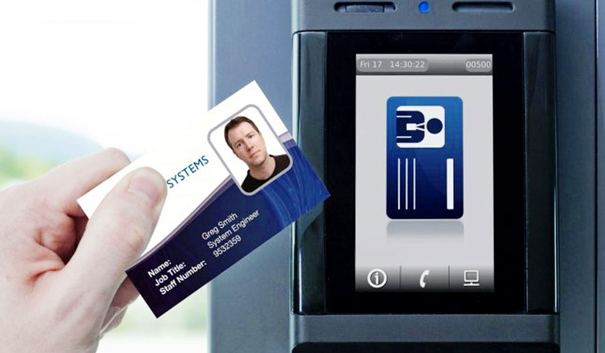 what are commercial security access control systems